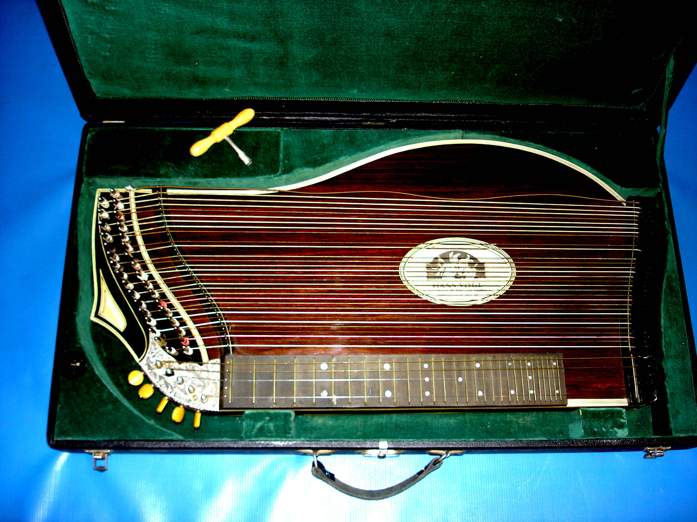 Zither 1.jpg